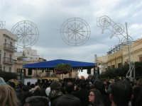 Festa di li Schietti - Piazza Duomo - il palco - la gara dell'alzata dell'albero - 23 marzo 2008    - Terrasini (1617 clic)