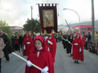 Processione della Via Crucis con gruppi statuari viventi - 5 aprile 2009   - Buseto palizzolo (1680 clic)