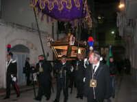 Venerdì Santo: processione del Cristo Morto e dell'Addolorata - via Galileo Galilei - 21 marzo 2008   - Alcamo (705 clic)