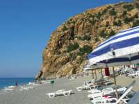 Villaggio Turistico Capo Calavà: la spiaggia - 23 luglio 2006  - Gioiosa marea (3795 clic)