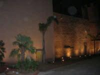 Castello dei Conti di Modica, esterno lato est - 21 giugno 2007  - Alcamo (784 clic)
