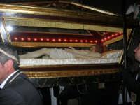 Venerdì Santo: processione del Cristo Morto e dell'Addolorata - via Galileo Galilei - 21 marzo 2008   - Alcamo (1271 clic)