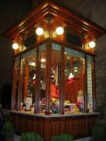 in piazza Ciullo il chiosco appena restaurato - 23 dicembre 2006   - Alcamo (1159 clic)