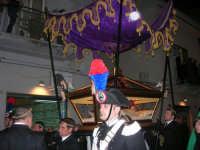 Venerdì Santo: processione del Cristo Morto e dell'Addolorata - via Galileo Galilei - 21 marzo 2008   - Alcamo (685 clic)