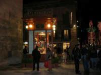in piazza Ciullo il chiosco appena restaurato - 23 dicembre 2006   - Alcamo (968 clic)