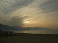 zona Battigia: tramonto sul Golfo di Castellammare - 21 maggio 2006   - Alcamo marina (1270 clic)