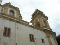 facciata laterale e campanile della Chiesa di San Giuseppe - 24 settembre 2007  - Marsala (895 clic)