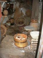 Il Presepe Vivente di Custonaci nella grotta preistorica di Scurati (grotta Mangiapane) (196) - 26 dicembre 2007   - Custonaci (1134 clic)