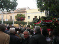 Festa di li Schietti - Piazza Duomo - la gara dell'alzata dell'albero - 23 marzo 2008     - Terrasini (1735 clic)
