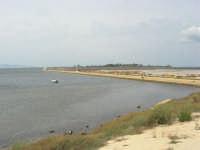 Riserva delle Isole dello Stagnone: imbarcadero per l'isola di Mozia, saline Infersa - 24 settembre 2007  - Marsala (1133 clic)