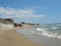 la costa, la spiaggia ed il mare nei pressi della Scala dei Turchi - 7 settembre 2007  - Realmonte (1508 clic)