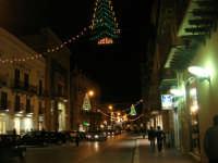 illuminazione natalizia in corso VI Aprile - 17 dicembre 2008  - Alcamo (1151 clic)