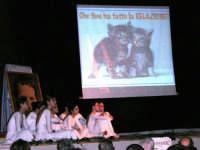 Teatro Euro - Le ragazze della scuola di danza Arte Libera durante la conferenza tenuta dal Dott. Carmelo Impera sul tema Educare oggi giovani e famiglie - Un modello per promuovere l'agio e prevenire il disagio, organizzata dall'Opera Salesiana Don Bosco di Alcamo ed il Centro Socio-Psico-Pedagogico Carl Rogers - Comunità di Accoglienza Oasi Don Bosco di Ispica (RG) - 29 gennaio 2006  - Alcamo (1440 clic)