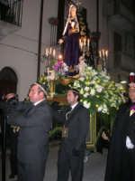 Venerdì Santo: processione del Cristo Morto e dell'Addolorata - via Galileo Galilei - 21 marzo 2008   - Alcamo (894 clic)