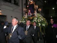 Venerdì Santo: processione del Cristo Morto e dell'Addolorata - via Galileo Galilei - 21 marzo 2008   - Alcamo (908 clic)