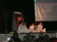Teatro Euro - Le ragazze della scuola di danza Arte Libera durante la conferenza tenuta dal Dott. Carmelo Impera sul tema Educare oggi giovani e famiglie - Un modello per promuovere l'agio e prevenire il disagio, organizzata dall'Opera Salesiana Don Bosco di Alcamo ed il Centro Socio-Psico-Pedagogico Carl Rogers - Comunità di Accoglienza Oasi Don Bosco di Ispica (RG) - 29 gennaio 2006  - Alcamo (1310 clic)