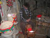 Il Presepe Vivente di Custonaci nella grotta preistorica di Scurati (grotta Mangiapane) (199) - 26 dicembre 2007   - Custonaci (1090 clic)