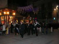 Venerdì Santo: processione del Cristo Morto e dell'Addolorata - piazza Ciullo - 21 marzo 2008   - Alcamo (889 clic)
