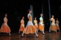 presso il Teatro Cielo d'Alcamo, il Saggio di danza, diretto da Rosanna Stabile - ARTE LIBERA - I Colori del mondo: LA PACE (foto 49)- 16 giugno 2007  - Alcamo (1081 clic)