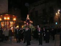 Venerdì Santo: processione del Cristo Morto e dell'Addolorata - piazza Ciullo - 21 marzo 2008   - Alcamo (794 clic)