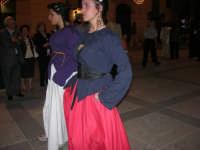 Festeggiamenti Maria SS. dei Miracoli - Il Corteo dei Conti di Modica in Piazza Ciullo - 20 giugno 2008   - Alcamo (537 clic)