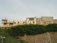case che si affacciano sul porto - 1 giugno 2007  - Balestrate (1801 clic)
