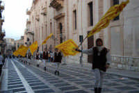 2° Corteo Storico di Santa Rita - Sbandieratori della Città di Caccamo - 17 maggio 2008  - Castellammare del golfo (507 clic)