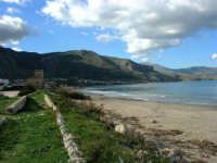 Tra una perturbazione e l'altra, in regalo una splendida giornata di fine autunno - Vista sul Golfo di Castellammare da zona Magazzinazzi - 2 dicembre 2005  - Alcamo marina (1864 clic)