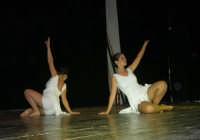 presso il Teatro Cielo d'Alcamo, il Saggio di danza, diretto da Rosanna Stabile - ARTE LIBERA - I Colori del mondo: LA PACE (foto 54)- 16 giugno 2007  - Alcamo (1010 clic)