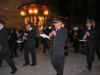 Venerdì Santo: processione del Cristo Morto e dell'Addolorata - piazza Ciullo - Complesso Bandistico Città di Alcamo - 21 marzo 2008   - Alcamo (1083 clic)