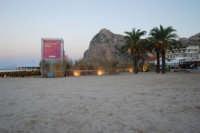 Cous Cous Fest 2007 - Sulla spiaggia: Al Waha (in arabo oasi nel deserto) - 28 settembre 2007  - San vito lo capo (906 clic)