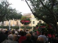 Festa di li Schietti - Piazza Duomo - la gara dell'alzata dell'albero - 23 marzo 2008   - Terrasini (2179 clic)