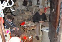 Il Presepe Vivente di Custonaci nella grotta preistorica di Scurati (grotta Mangiapane) (49) - 26 dicembre 2007  - Custonaci (1180 clic)
