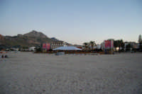 Cous Cous Fest 2007 - Sulla spiaggia: Al Waha (in arabo oasi nel deserto) - 28 settembre 2007  - San vito lo capo (882 clic)