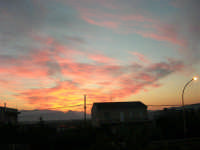 I colori dell'alba - 27 settembre 2005  - Alcamo (1632 clic)