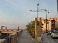 la Croce Belvedere (Francesco Farina - anno 1997) - 1 giugno 2007   - Balestrate (6586 clic)