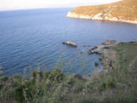 la costa e le calette tra Castellammare e Guidaloca - 8 maggio 2007  - Castellammare del golfo (757 clic)