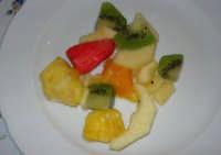 pranzo al Baglio Trinità: insalata di frutta  - 22 aprile 2007    - Castelvetrano (4334 clic)