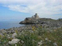 Capo San Vito - Torre dell'Usciere, detta Sciere (torre costiera di avvistamento per la difesa dai pirati) - 10 maggio 2009  - San vito lo capo (1627 clic)