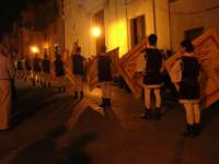 2° Corteo Storico di Santa Rita - Associazione Sbandieratori Città di Caccamo: esibizione dinanzi la Chiesa S. Antonio - 17 maggio 2008   - Castellammare del golfo (502 clic)
