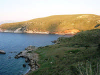 la costa e le calette tra Castellammare e Guidaloca - 8 maggio 2007  - Castellammare del golfo (739 clic)