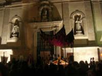 Venerdì Santo: processione del Cristo Morto e dell'Addolorata - piazza Ciullo, dinanzi la Chiesa del Collegio - 21 marzo 2008   - Alcamo (732 clic)