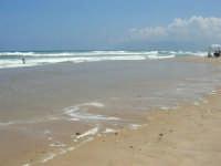 c/da Canalotto: domenica, mare mosso - 30 luglio 2006  - Alcamo marina (1111 clic)