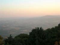 Panorama dal Monte Bonifato - 19 luglio 2005  - Alcamo (1392 clic)