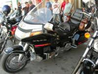 IV Moto Raduno Filosofia e Cultura della Motocicletta, a cura dell'Ass. Moto Club Città di Alcamo Le Aquile - Piazza della Repubblica - 18 giugno 2006  - Alcamo (1923 clic)