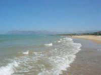 sabato: voglia di mare - 7 luglio 2007   - Alcamo marina (965 clic)