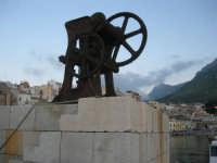 al porto - 8 maggio 2007  - Castellammare del golfo (706 clic)