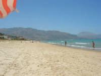 sabato: voglia di mare - 7 luglio 2007   - Alcamo marina (920 clic)