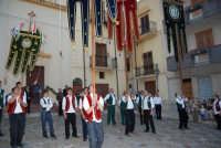 2° Corteo Storico di Santa Rita - Piazza Madonna delle Grazie - esibizione degli Stendardieri di Petralia La Suprana - 17 maggio 2008  - Castellammare del golfo (506 clic)