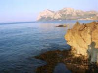 un tratto di costa e Capo Gallo - 25 aprile 2007  - Isola delle femmine (1388 clic)